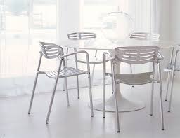 Tulip Table And Chairs Saarinen Table Round Knoll