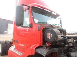 volvo white trucks for sale volvo vnl salvaged truck cab for a 2000 gmc volvo white vnl660 for