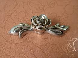 Shabby Chic Drawer Handles by Popular Antique Drawer Pulls Knobs Handles Buy Cheap Antique
