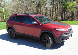 mud jeep cherokee cherokee trailhawk takes off roading upmarket wheels ca