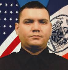 Seeking Dies Of Boredom Nypd Cop Dennis Guerra Dead After Arsonist 16 Sets To