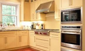 decore cuisine déco cuisine bois massif contemporaine 99 clermont ferrand