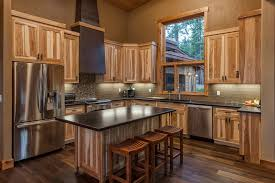 what paint color goes best with hickory cabinets best paint color with hickory cabinets page 1 line 17qq