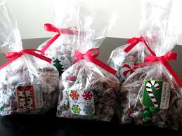 Christmas Sweet Recipes Gifts Christmas Muddy Buddies Love To Be In The Kitchen