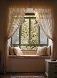 Curtain Ideas For Bedroom by Best 25 Window Seat Curtains Ideas On Pinterest Bay Windows