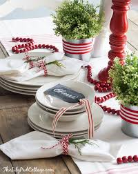 table decoration for christmas 35 christmas table decorations place settings tablescapes