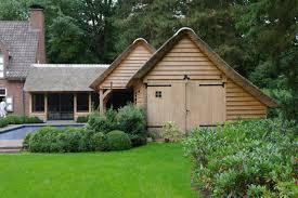 Pool House Garage Eiken Bijgebouw Als Poolhouse Met Knusse Orangerie Overdekt