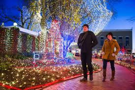 fayetteville square christmas lights the lights of the ozarks a winter wonderland of twinkling lights