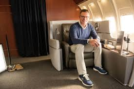 Howie At Home by Howie Long Gets Comfortable In Wide Fit Skechers The Source