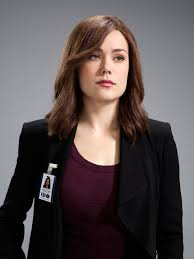 blacklist terrible hair and makeup the blacklist tv show megan boone as elizabeth keen and just