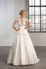 robe de mariee retro les 10 meilleures idées de la catégorie robes de mariée en satin