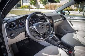 volkswagen golf 2017 interior review 2017 volkswagen e golf canadian auto review