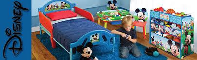 chambre mickey bébé décoration chambre bébé mickey