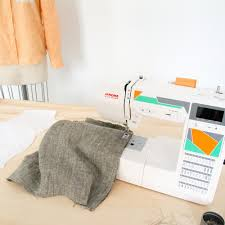 Interior Stitches Janome Mod 50 Computerized Sewing Machine With 50 Stitches