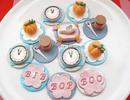 Cinderella Cupcakes The 25 Best Princess Cupcake Toppers Ideas On Pinterest