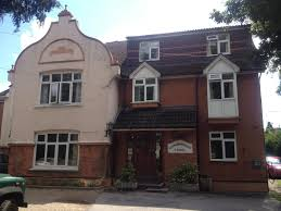 gainsborough lodge horley uk booking com