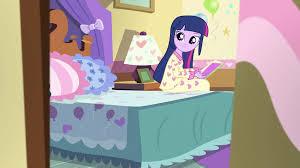 image twilight smiling in pinkie s bedroom eg2 png my little twilight smiling in pinkie s bedroom eg2 png