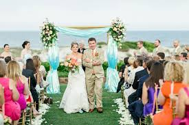 Coral Wedding Centerpiece Ideas by Coral And Aqua Outdoor Wedding Decor Elizabeth Anne Designs The