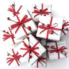 White Christmas Wrapping Ideas by International Gift Wrapping Ideas To Suit All Cultures Jane Means