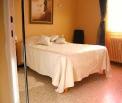 site de location de chambre chez l habitant chambre chez l habitant villa avec piscine à uchaud
