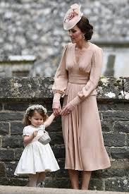 kate middleton wore a blush dress to pippa u0027s wedding and it u0027s