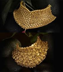 all that glitters is gold jewellery design