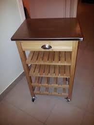 petit meuble cuisine relooking peinture d un petit meuble de cuisine en bois