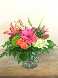 fresh flowers free local delivery the fresh flower market co fresh