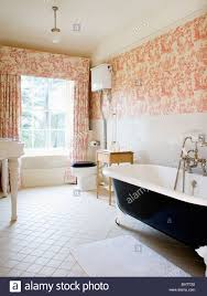 Toile De Jouy Decoration Pink Toile De Jouy Curtains And Matching Wallpaper In Country