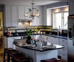 Chandeliers For The Kitchen Lampadario Classico Per La Cucina Scegli Il Vetro Di Murano