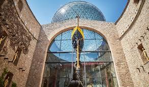 bureau vall tours dalí s figueres girona visit barcelona tickets