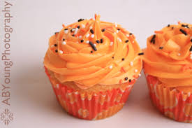 Easy Halloween Cup Cakes by Halloween Stay Calm Have A Cupcake