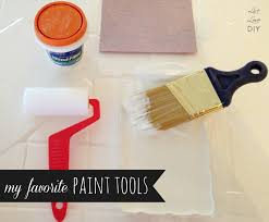 Remove Paint From Kitchen Cabinets Livelovediy How To Paint Kitchen Cabinets In 10 Easy Steps