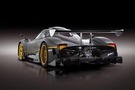 pagani zonda side view pagani zonda revolucion wallpaper 28487 freefuncar com