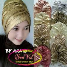 tutorial hijab turban ala april jasmine topi turban goldy metalik hijab style pinterest turban