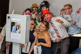 cheap photo booth rental best photo booth rental michigan myboogiebooth