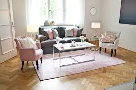 Wohnzimmer Deko Mint Wohnzimmer Rosa Grau Gepolsterte On Moderne Deko Idee Plus Ber