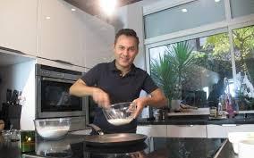 hervé cuisine le roi des youtubeurs culinaires c est lui le parisien