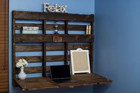Wall Desk Folding by Diy Pallet Wall Desk Pallet Shelf Pallet Furniture Plans