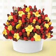 edible arragement edible arrangements fruit baskets with deepest sympathy