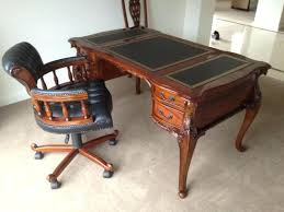 antique style writing desk antique leather top writing desk rosewood regency style writing desk