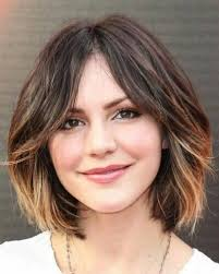 hairstyles with bangs and middle part 23 medium bob hairstyles to get inspired feed inspiration
