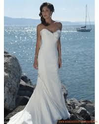 robe mari e lyon simple robe de mariée lyon en mousseline orné de broche