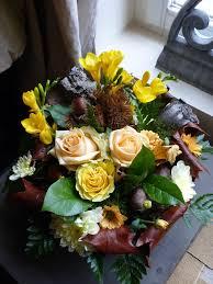 Petites Compositions Florales Composition Automnale Ficelle Et Chocolat