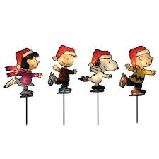peanuts by schulz christmas lighted pathway markers 4 pack 25