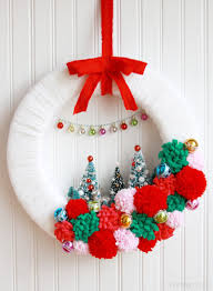 Homemade Christmas Wreaths by 30 Beautiful Diy Christmas Wreaths Holidaysmart