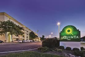 Comfort Inn Cleveland Airport La Quinta Inn Cleveland Oh Booking Com