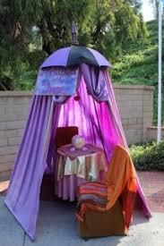 Creepy Carnival Decorations Best 25 Creepy Carnival Ideas On Pinterest Halloween Circus