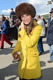 middleton pippa pippa middleton s yellow coat get the look