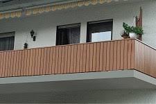 kunststoffprofile balkon balkongeländer kunststoff holzoptik